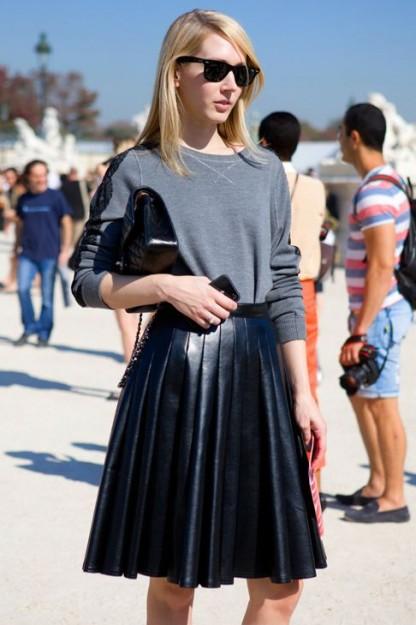 La jupe en cuir - Les Jolis Mômes