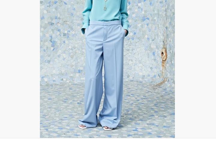 Le pantalon coloré, je peux et avec quoi ?