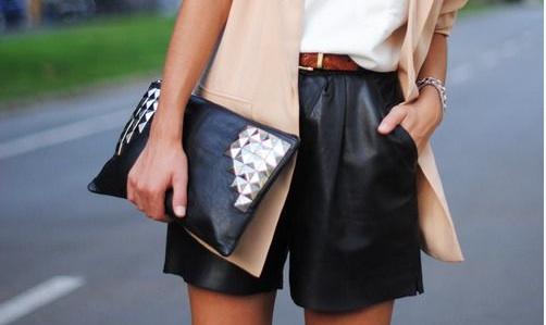 La révélation de la jupe en cuir