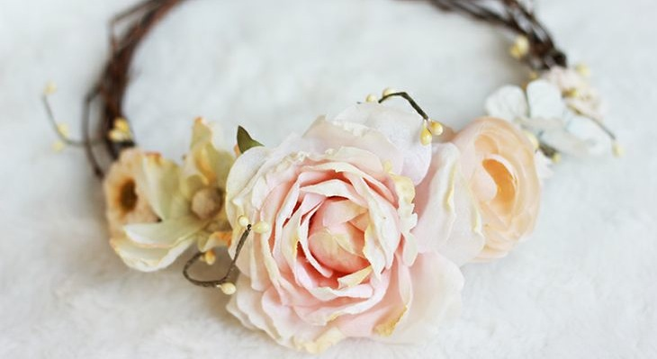 Fabriquer sa couronne de fleurs – DIY